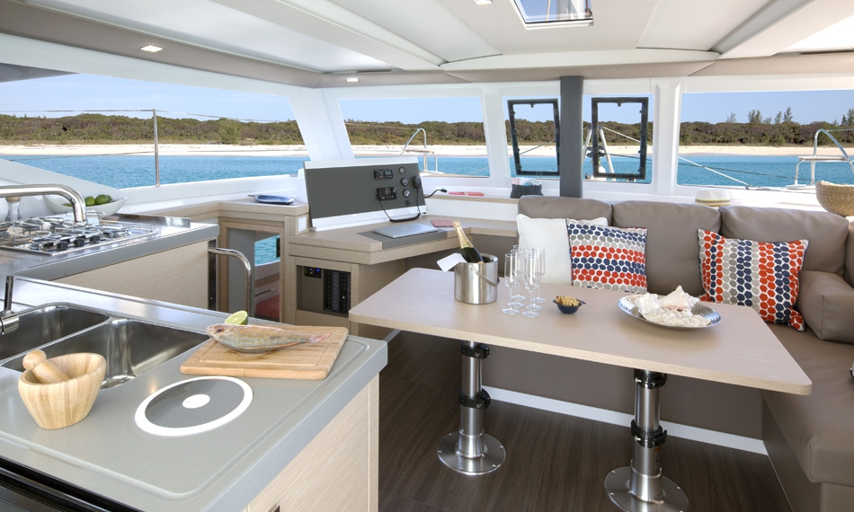 Fountaine Pajot Lucia 40 Charter Saloon